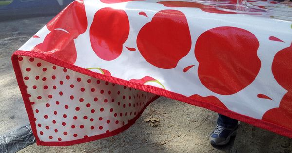 Cute Double Sided Sturdy Outdoor Tablecloth Made From Oil