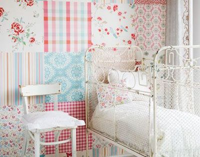 I love the idea of this (scrapbook paper pack as wallpaper). For