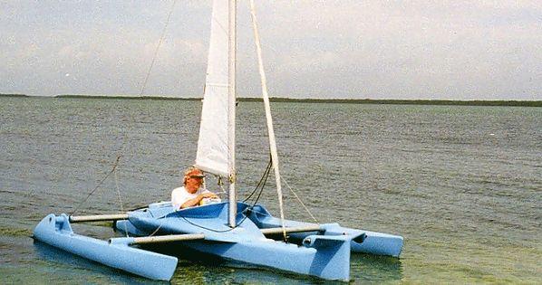 Trimaran Hull Design | speedy 12' single seat trimaran in stitch & glue plywood. | Sailboats ...