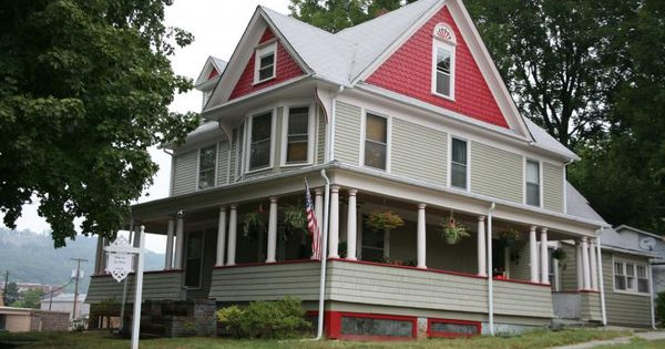 Another Cousin The Corner Boards Frame And Unite The Floors Plus They Make It Easier To Install Siding Victorian Homes House Colors Victorian House Colors