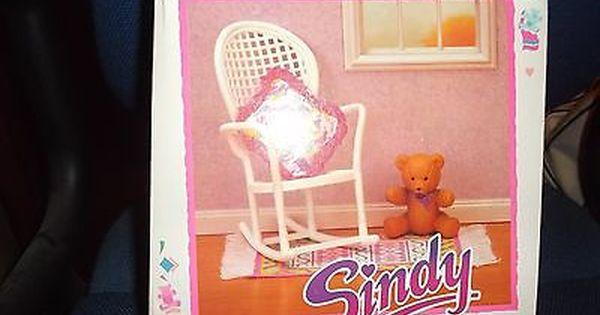 RARE VINTAGE 1990 SINDY ROCKING CHAIR /& TEDDY BEAR HASBRO NEW MIB !