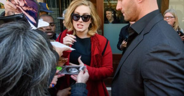 Adele S New Bodyguard Is Sending The Internet Into Meltdown Adele News Bodyguard Celebrities