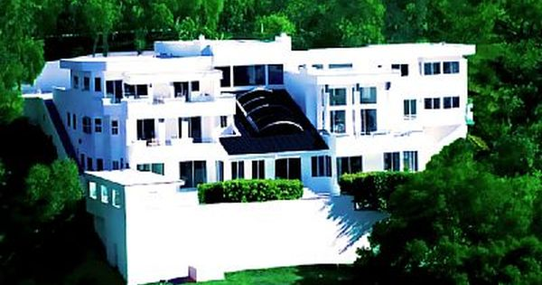 Vrbo Com 611349 One Of The Best Houses In Beverly Hills With The Best Views New York Times Event Venue Spaces Vacation Rental Vacation
