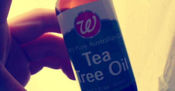 Tea tree oil acne abscess oily skin blisters sun for Putting vicks on the bottom of your feet