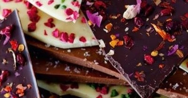 Homemade Chocolate Slabs - What a brilliant idea for homemade Christmas presents