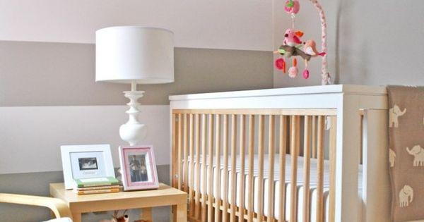 streifen wand streichen babyzimmer weiss grau babyzimmer pinterest gestreifte w nde w nde. Black Bedroom Furniture Sets. Home Design Ideas