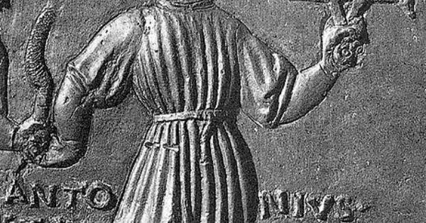 Filarete self portrait with workshop detail bronze for Figure del kamasutra