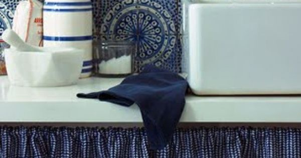 Couleur pantone 2013 monaco blue ou bleu marine fonc - Couleur marine fonce ...