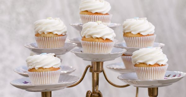 How to serve your cupcakes... candelabra ~ cupcake stand