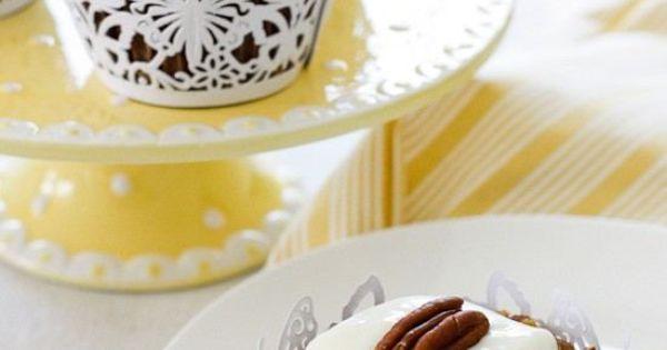 Skinny Hummingbird Cupcakes Recipe — Dishmaps