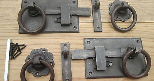 HAND FORGED WROUGHT IRON OLD ENGLISH COUNTRY COTTAGE DOOR KNOCKER-HORSE SHOE