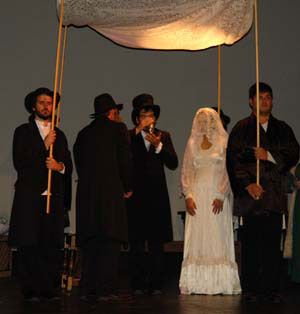 Tzeitel Is Wearing An Off White Lace Dress With A Veil The Traditional Styling For Jewish Wedding Cer Costume Rentals Fiddler On The Roof Off White Lace Dress