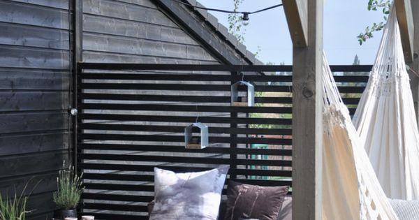 sch ne pergola und terrasse im skandinavischen stil und so eine h ngematte h tte ich auch gern. Black Bedroom Furniture Sets. Home Design Ideas