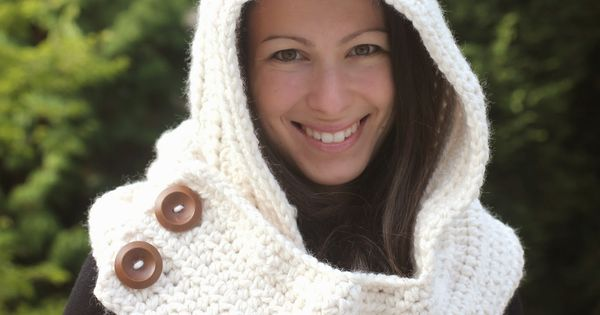 Crochet Patterns Using Scarfie Yarn : Crochet Cowl with Lion Brand Thick & Quick Yarn #Scarfie patterns ...