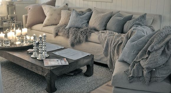 Gorgeous coffee table + color scheme + pillows + everything!