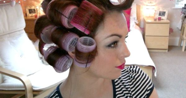 Hair Tutorial: Velcro Rollers (http://www.youtube.com/watch?feature=player_embedded=AG9ocjE7y90)