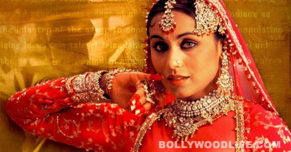 Will Ranimukerji Do A Mujra For Tigmanshu Dhulia The No One Killed Jessica Actor Has Agreed To Play A Nautch Girl In The Dire Rani Mukerji Bollywood Glamour
