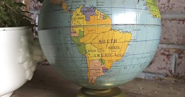 Rare boite biscuits de marque parein en forme de globe - Globe terrestre en carton ...
