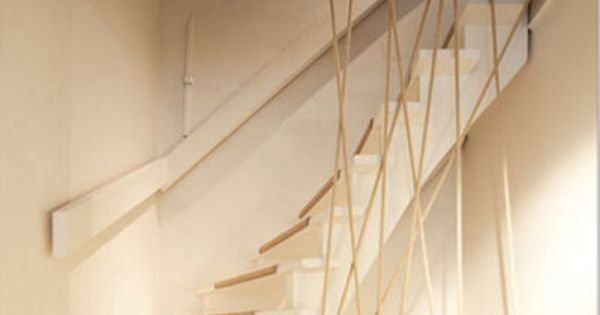 moderniser des escaliers en bois avec un garde corps en corde id e sur c t maison. Black Bedroom Furniture Sets. Home Design Ideas