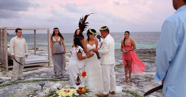 Mayan wedding ceremony at the NIzuc Resort in Cancun ...