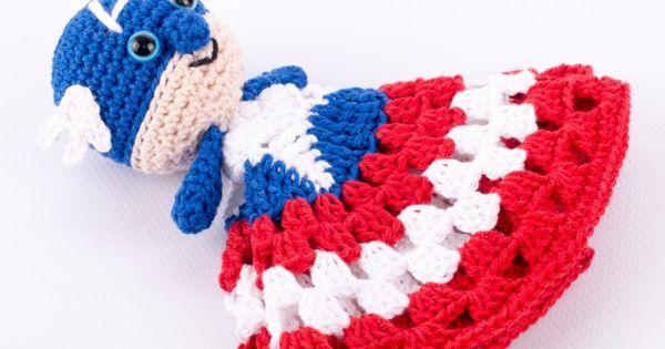 Free Crochet Pattern For Captain America Blanket : Make It: Captain America Snuggle Blanket - Free Crochet ...