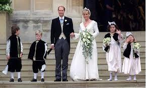 Image Result For Wedding Of Prince Edward Earl Of Wessex And Sophie Rhys Jones Royal Weddings Blue Wedding Inspiration Wedding