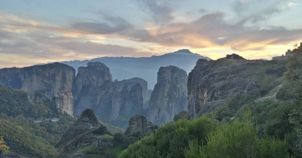 Want Hiking In Beautiful Meteora Greece Yesterday Unedited And Straight From My Cellphone Best Vacation Destinations Meteora Greece Meteora