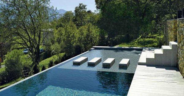 Un couloir de nage en béton Marie claire maison, Nager et Le seul - location vacances belgique avec piscine