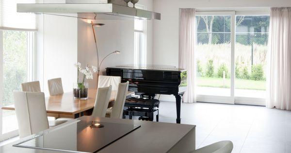 Open keuken met ruime woonkamer interieur woning inspiratie pinterest met en villa 39 s - Kroonluchter voor marokkaanse woonkamer ...