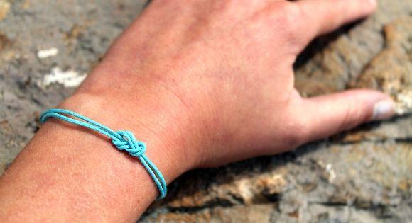 Easy DIY Knot Bracelet