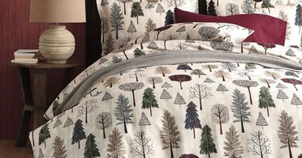 Sage Quilted Bedspread /& Pillow Shams Set Evergreen Christmas Tree Print