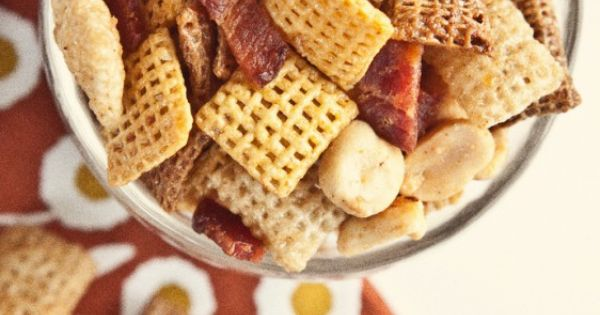 Maple bacon, Party mix and Bacon on Pinterest