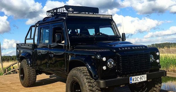 land rover defender 130 dc td4 black with big wheels nice defender pinterest land rover. Black Bedroom Furniture Sets. Home Design Ideas