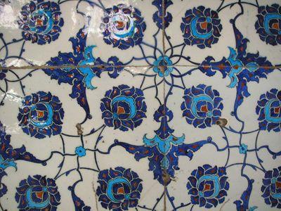 Ceramic Tile Patterns On A Kitchen Backsplash Iznik Tile Antique Tiles Turkish Tiles