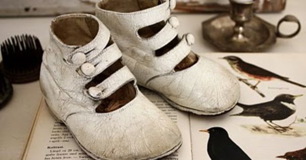 Antique Shoes Bedroom White Black Rustic Shabby Chic