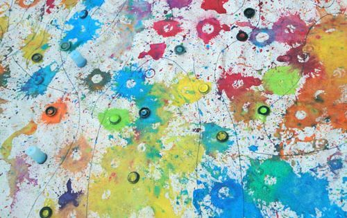 Exploding paint! Art bombs with baking soda - definitely an outdoor art