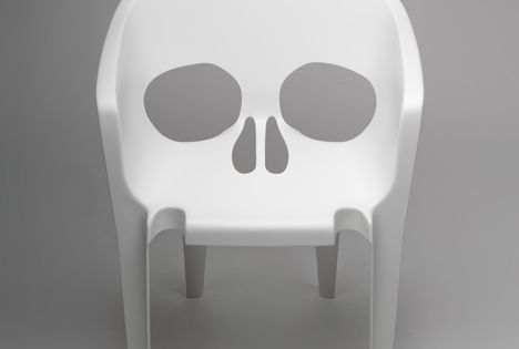 skull chair by pool DESIGN
