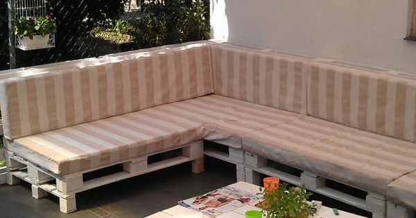 terrassenm bel europaletten robust sofa tisch sonnenschutz markise garten pinterest. Black Bedroom Furniture Sets. Home Design Ideas