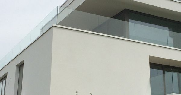 Glazen balustrade c50 pure estate londerzeel for Bts decorateur interieur