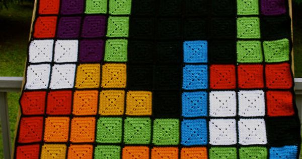 Tetris crochet afghan using granny squares.