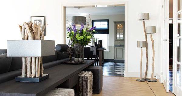 Stijlvol wonen is keijser co eigentijdse meubelen met een pure vormgeving waarbij alles - Eigentijdse pouf ...