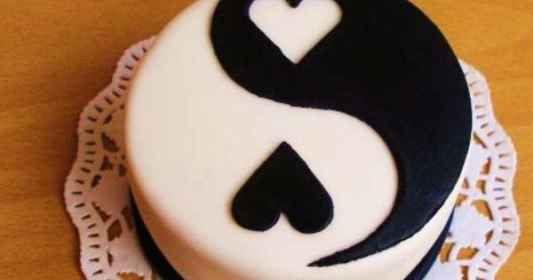ying yang heart cake