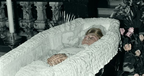 grace kelly in coffin pictures to pin on pinterest   pinsdaddy