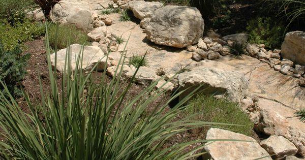Dry creek bed landscaping designs dry creek beds for Garden getaway designs
