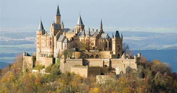 Burg Hohenzollern Approx 50 Kilometres South Of Stuttgart Baden Wurttemberg Germany ホーエンツォレルン城 城 お城