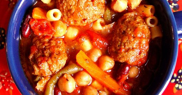 Meatball Minestrone Soup (Crock Pot): Italian Style Stewed Tomatoes, tomato sauce, beef