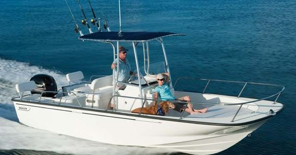 Boston whaler montauk boston whaler boats and videos for Montauk fishing party boats