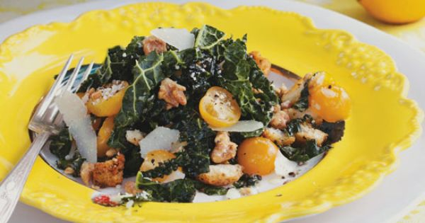 Lemony Kale Salad with Tomatoes : Farmer's market finds: kale, cherry tomatoes,