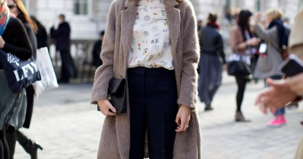 Alexa Chung Outside Somerset House At London Fashion Week February 2012 Photographer Marcus