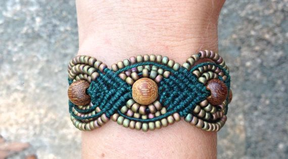 l'idée me plait de ce Bracelet Macramé